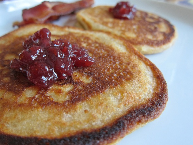 whole wheat pancakes with lingonberry jam and bacon
