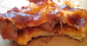 Layer of crust, sausage, layer of cheese, but little unity.