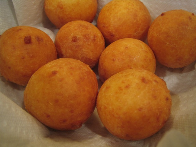 Buñuelos, fresh from the hot oil.