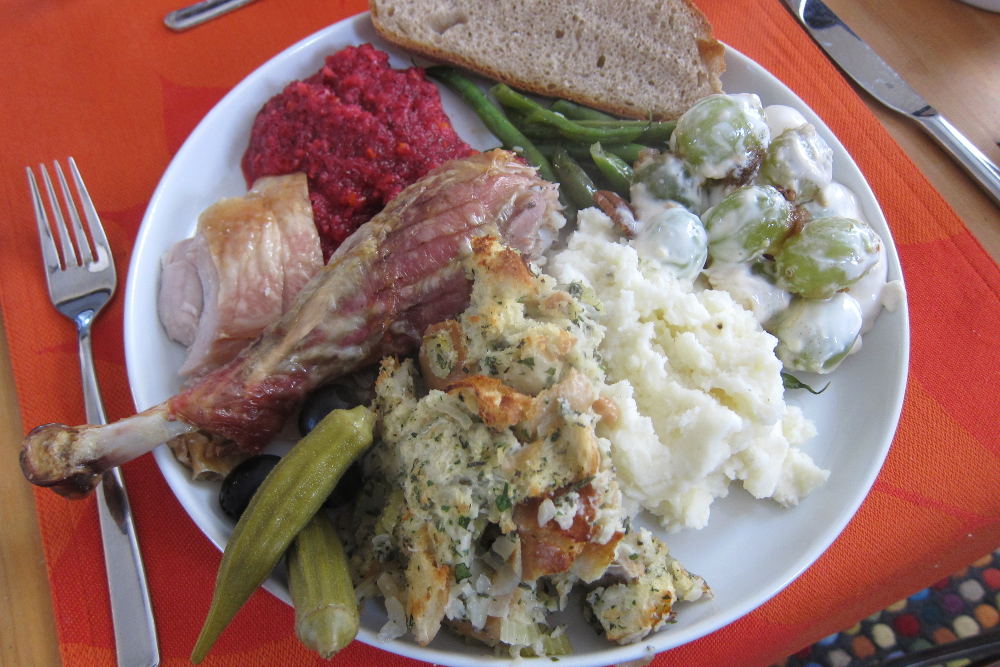 photo of a thanksgiving plate
